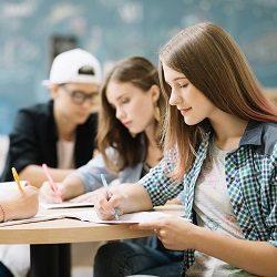 Des aides à l'enseignement supérieur